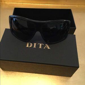 068a5d14a095 DITA Sunglasses Black continental